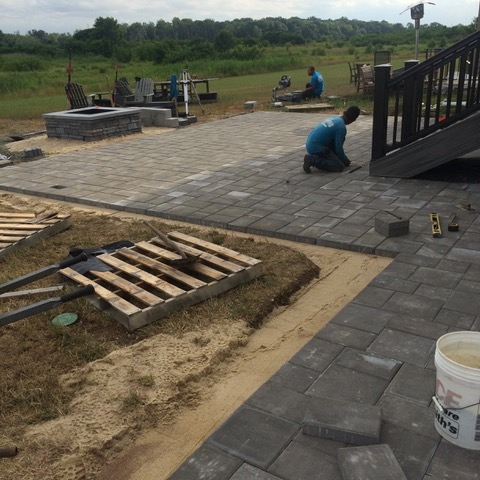 Paver patio with fire pit (before)